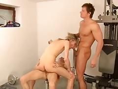 2 Teens Fuck A Cute Sissy Twink