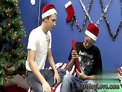 Cute trim gay bj He gives Kenny a lush with his fresh dildo before