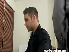 Amazing twinks Jason&#039_s firm spear and flapping ballsack are quickly
