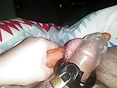 Irish Cam Boy plays with himself and ruins an orgasum