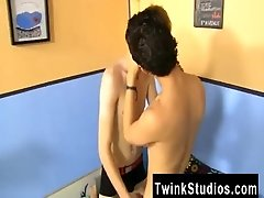 Gay mature gallery Hunter Starr is trying to make it up to Giovanni