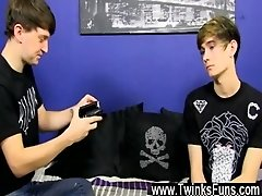 Gay guys It&#039_s a Point of view shoot as the tatted sweetie discovers
